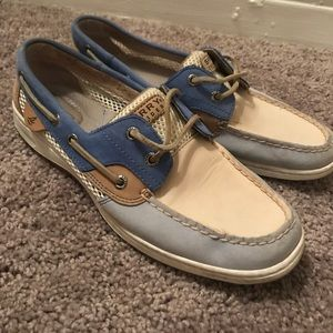 Blue and white sperry topsider size 8.5